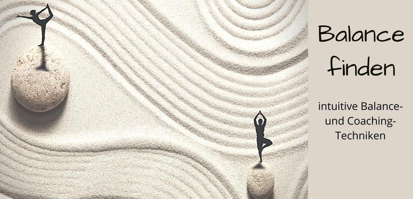 Collage zur Balance, Figur auf Stein